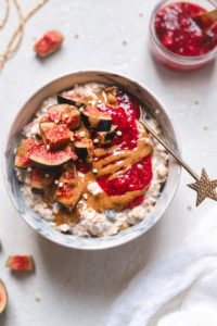 vegan bircher bowl
