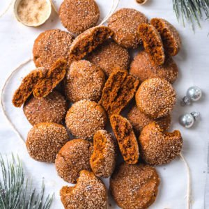 soft and chewy gingerbread cookies (vegan and gluten-free)
