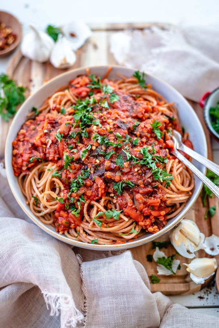 make easy Lentil Bolognese that's so flavourful and healthy